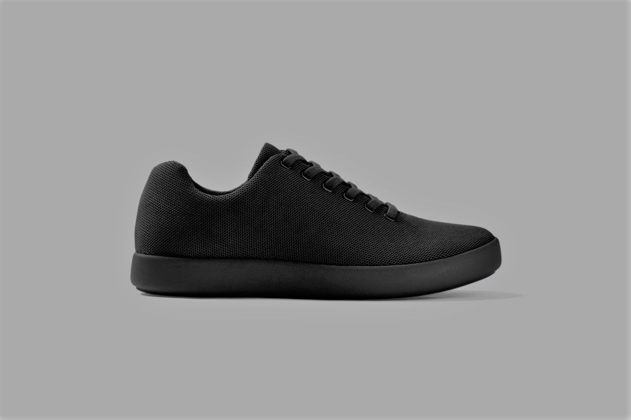 black atoms sneakers